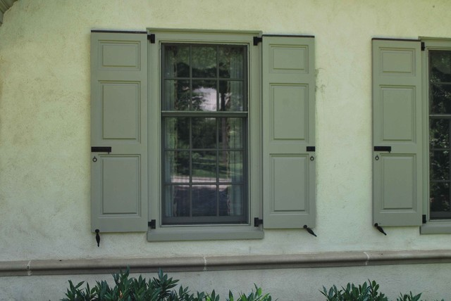 Hinges & Straps traditional-exterior