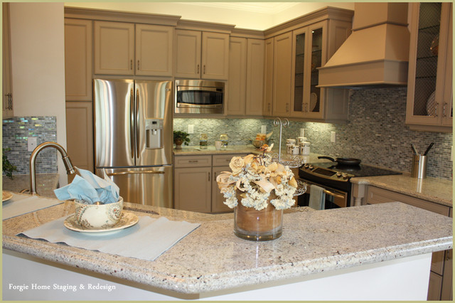 Home Staging contemporary-kitchen
