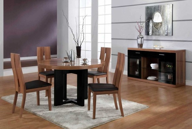 Luxurious Round Wood And Clear Italian Dining Room
