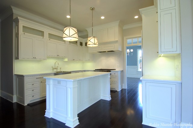 Custom Home in Woodcreek Farms traditional-kitchen