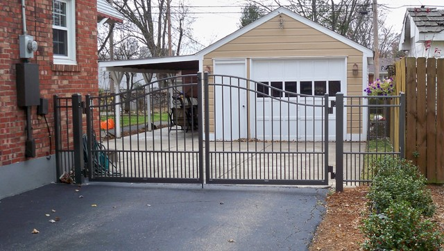 Residential Aluminum Driveway Gates