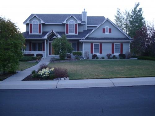 Help with exterior paint color - Light gray exterior paint colors image ...
