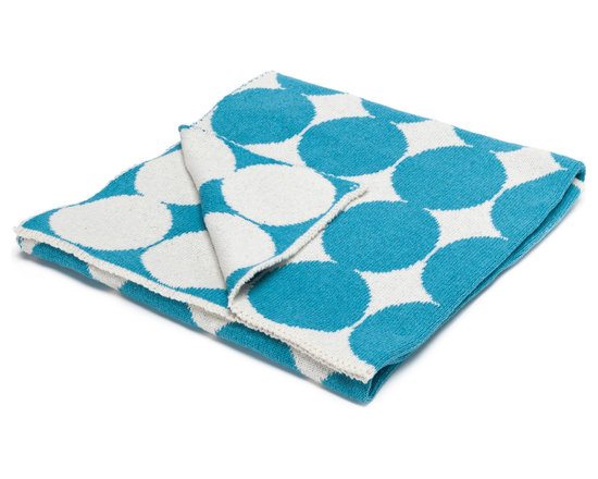 "in2green - Eco Baby Dots Reversible Throw, Milk/Aqua - Our throws are all knit in the USA with a blend of recycled cotton yarn (74% recycled cotton yarn, 24% acrylic, 2% other), generously sized at 50"" x 60"" and machine wash and dry...how easy is that!"