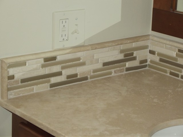 Simple Vanity Backsplash - Traditional - other metro - by ...