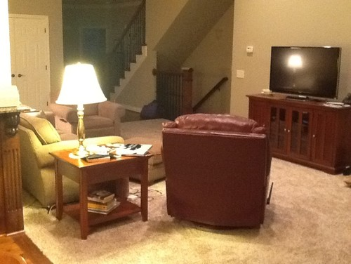How to arrange furniture for a long narrow living room for Furniture for narrow living room