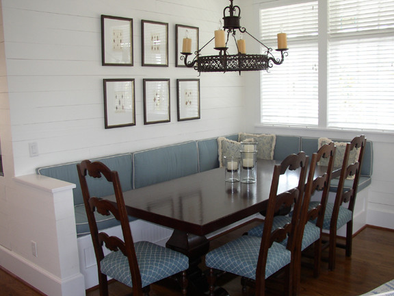 Parker traditional-dining-room