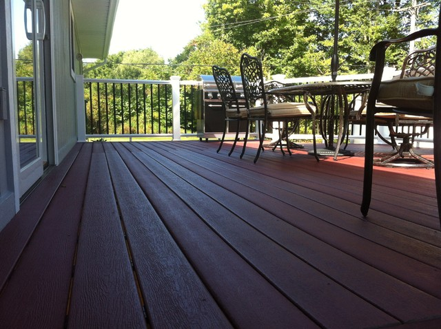 Decks and Rails traditional-deck