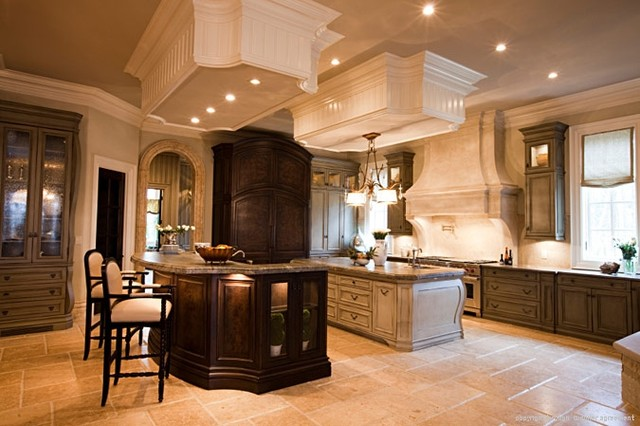 Interior Crown Molding & Millwork traditional-home-decor