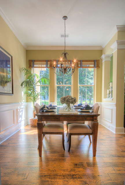 Keowee traditional-dining-room