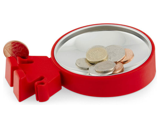 j-me Original Design - The Big Head Coin Dish is a playful character that holds all of your loose change in his head and even his cleverly designed hands can hold a few coins for you! A fun way to lighten your pockets and store all that extra loose change. It's also great for holding your keys, wallet and other daily pocket items. The Big Head Coin Dish can be stood up when not in use and is made of non-slip rubber and stainless steel.