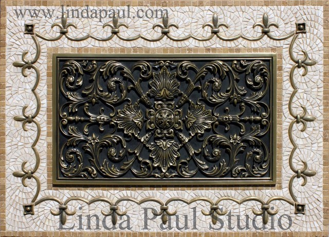 Ravenna Plaque medallion Kitchen backsplash traditional-tile