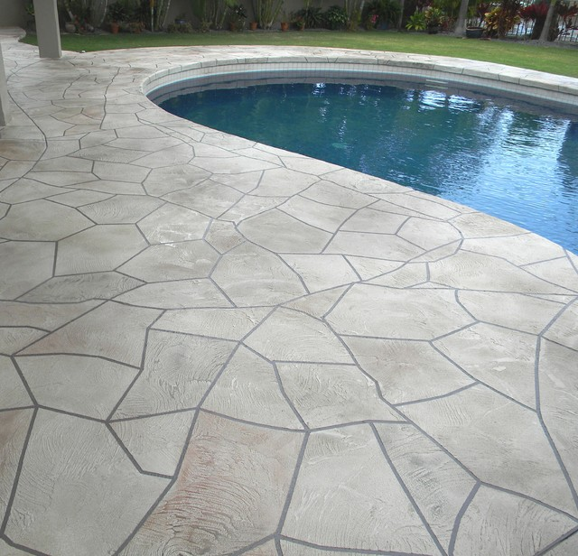 Flagstone look on pool deck traditional pool hawaii Flagstone pavers around pool