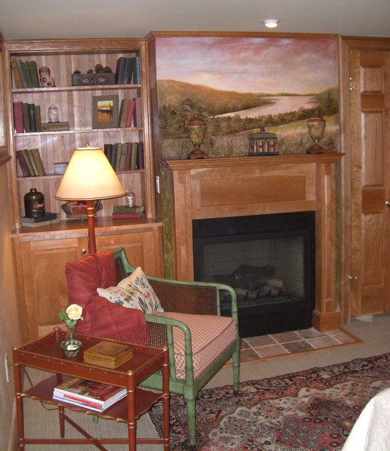 Historical Inn traditional-bedroom