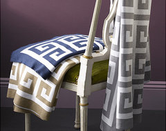 Matouk Arcadia Throw contemporary throws