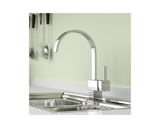 Single Handle Kitchen Faucet Chrome - Features: