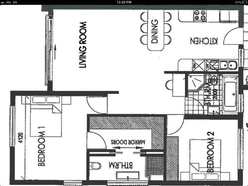 Separator for walk in closet and bathroom for Walk through closet to bathroom design