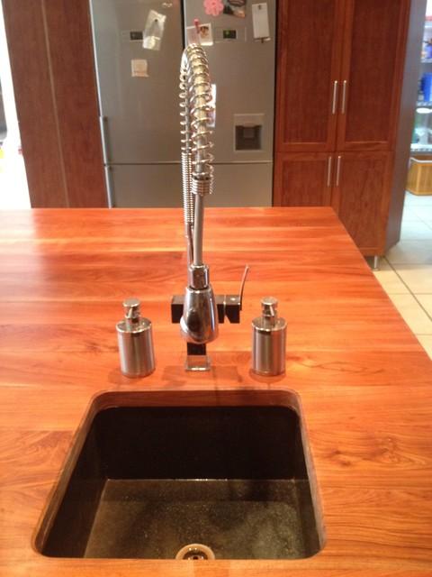 Kitchen Photos modern-kitchen-sinks