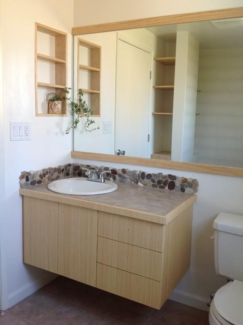 Small 8 1 2 x 6 feet bathroom remodel the shower doors for 8 x 4 bathroom designs