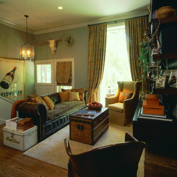 Historic Lincoln Park Residence - Family Room A