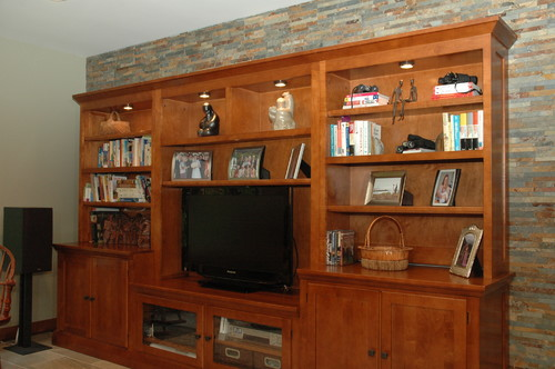 Built-in Bookshelves to the Rescue