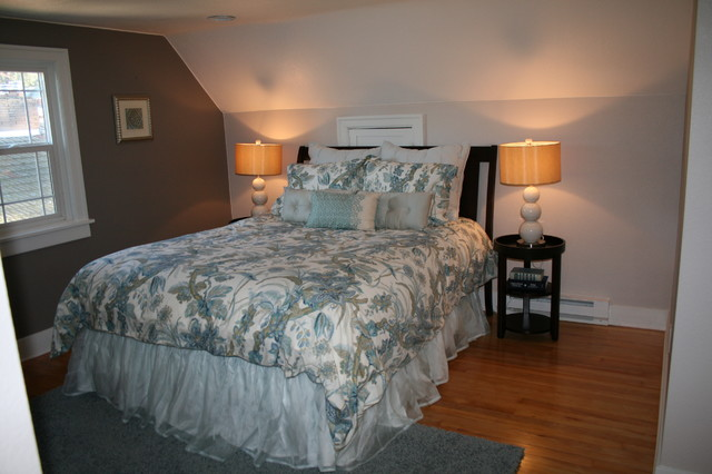 Traeger Residence traditional-bedroom