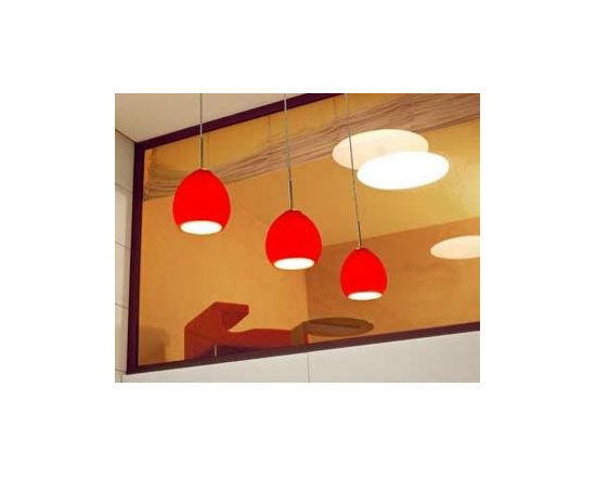 Golf S3 Pendant Lamp By Leucos Lighting - Golf S3 by Leucos lighting is part of the Golf collection a series is of modern lamps with Murano glass diffusers Golf S3 a whimsical, line-voltage pendant available in several colors.