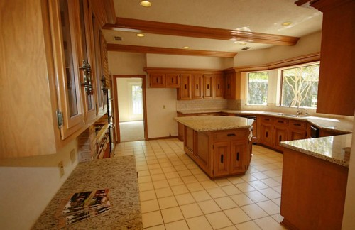 Seeking low budget design ideas for dated kitchen with for Low budget kitchen design