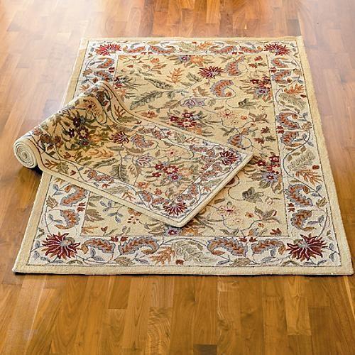 "Lorraine Wool Area Rug - 3'9"" x 5'9"" traditional-rugs"