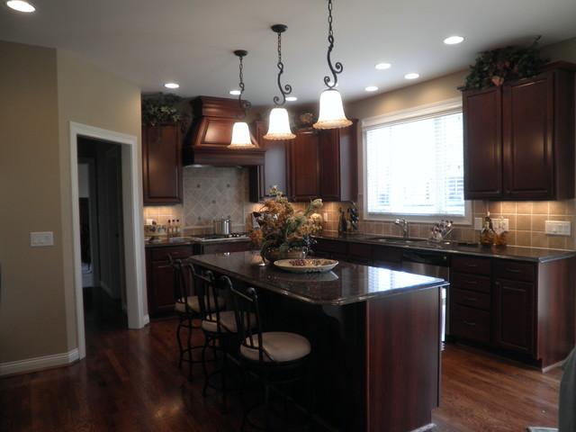 Kitchen Designs/Redesigns traditional-kitchen