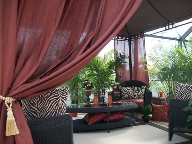 Outdoor Decor/Drapes & Accessories