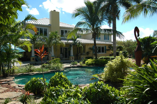 Private Residence-Davie, FL tropical-pool