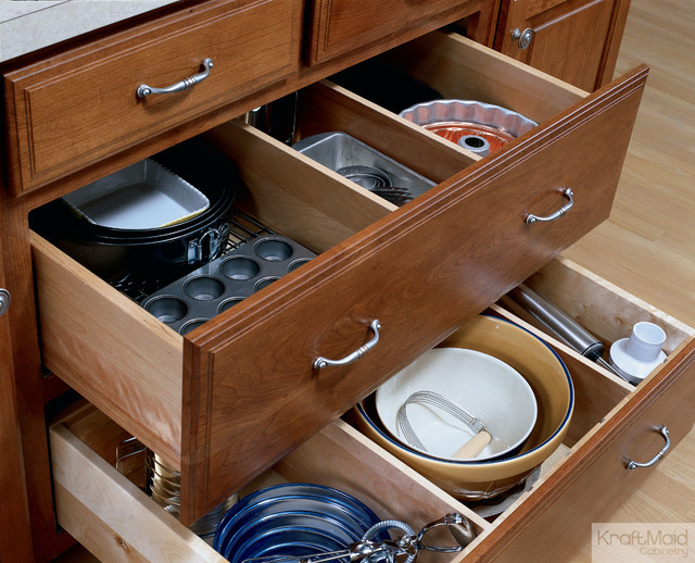 Kraftmaid Adjustable Drawer Dividers Traditional Kitchen Drawer Organizers Detroit By