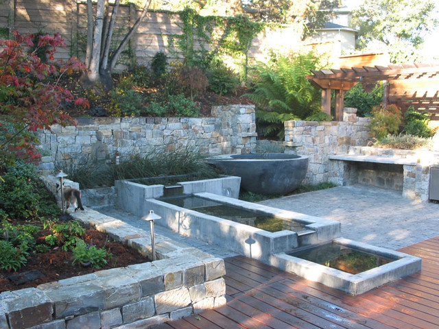 Berkeley garden pools patio outdoor kitchen and deck for Miller company landscape architects