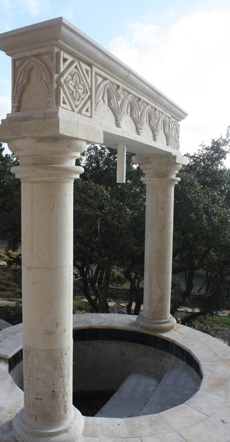 Outdoor decorative cantera columns traditional for Cantera pillars