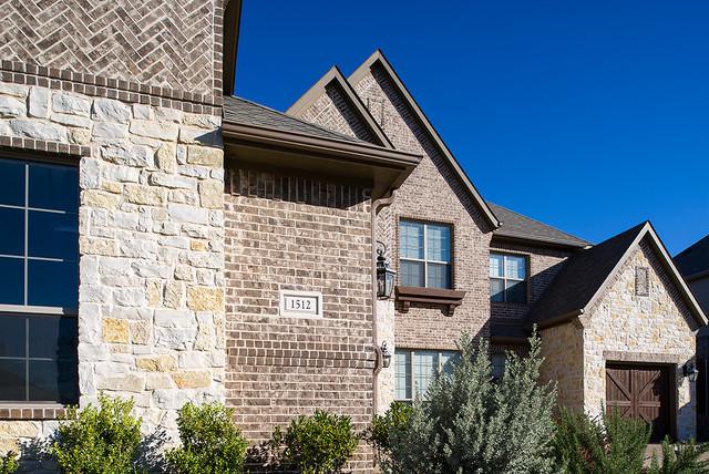 Auburn Hills - dallas - by Acme Brick Company
