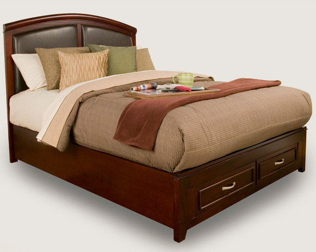 Leather Queen Bed with Headboard and Footboard 640 x 512