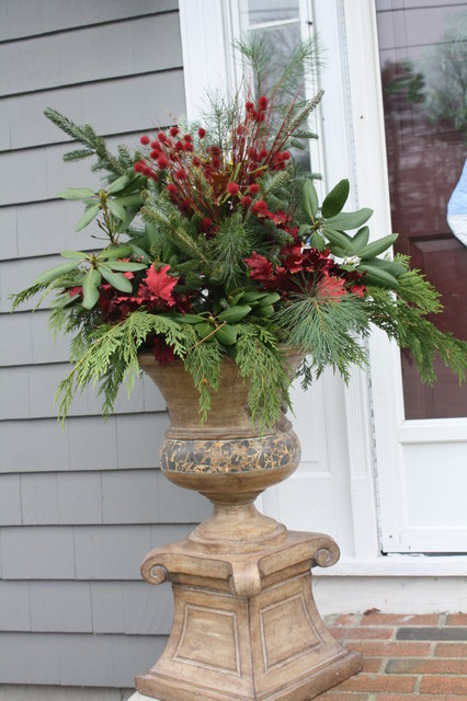 Decorating Ideas > Christmas U ~ 085848_Christmas Decorating Ideas For Outdoor Planters