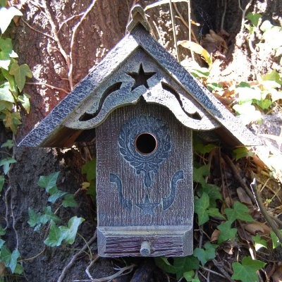 Griffith Creek Designs The Liberty Birdhouse modern-birdhouses