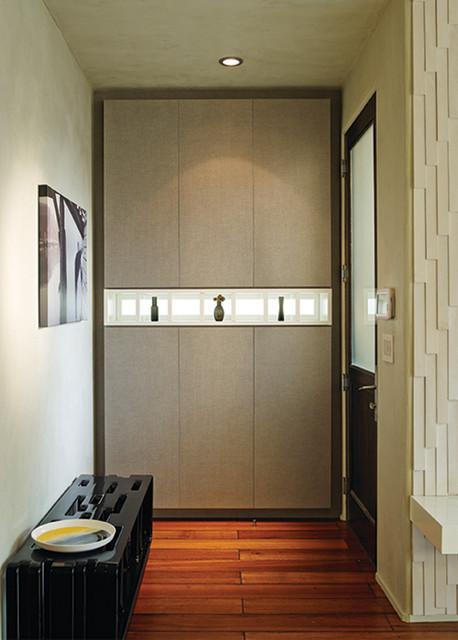 Exquisite Entryway contemporary-entry