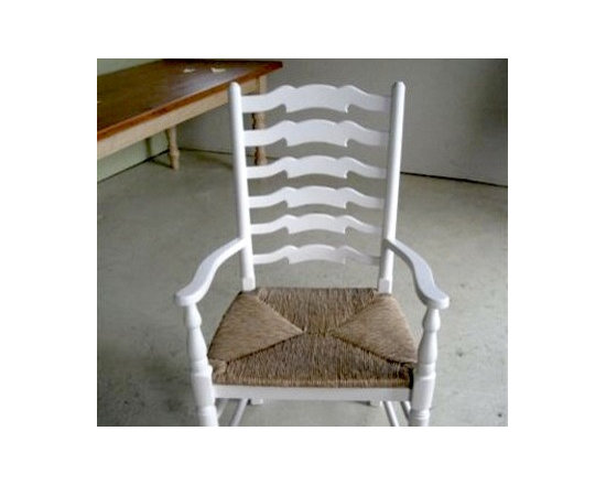 English Ladder-back Side And Arm Dining Chair - Made by http://www.ecustomfinishes.com