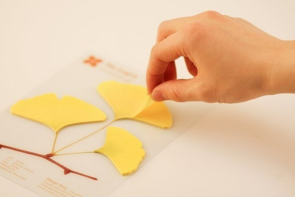 Leaf Stickie Notes: Ginkgo contemporary-desk-accessories