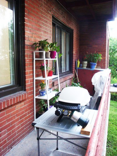 We rent an apartment which has a narrow and long balcony for Long narrow balcony decorating
