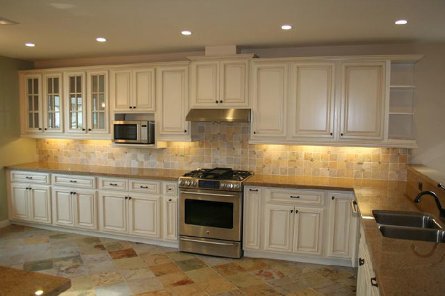 what is the best way to paint kitchen cabinets white
