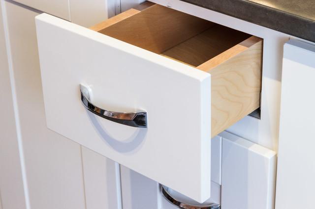 Malibu White Shaker Kitchen Cabinets
