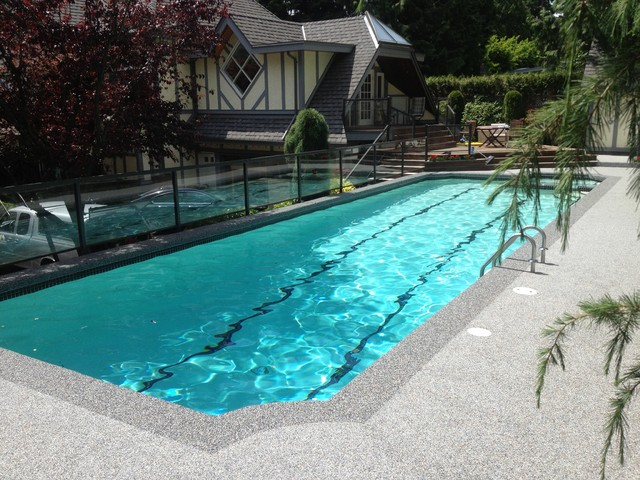 Vancouver pool deck duraroc rubber surfacing traditional for Pool design vancouver