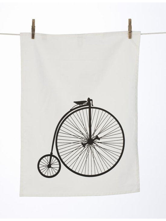 Ferm Living Velo Tea Towel - The Tea Towels by Ferm Living are fashionable, functional and fabulous. They are printed on 100% organic cotton and will without a doubt make doing the dishes a pleasure.