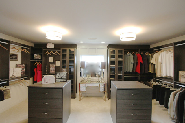 His hers walk in closet for His and hers walk in closet