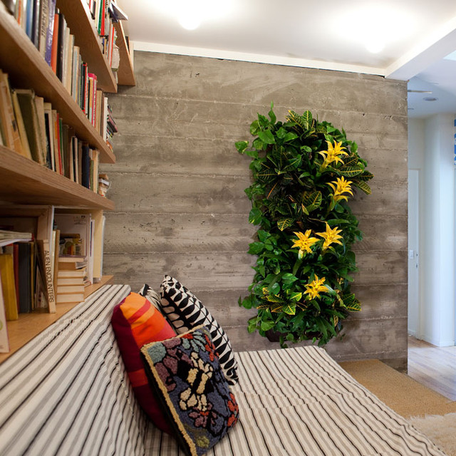 Wally One Indoor+Outdoor Living Wall - contemporary - indoor pots