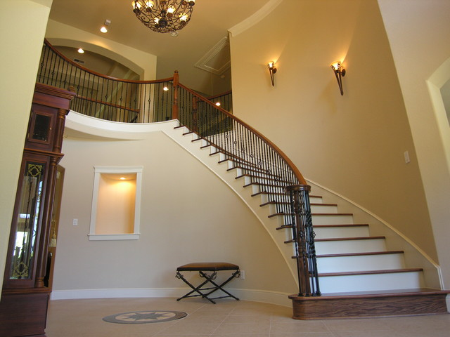 Entry traditional staircase