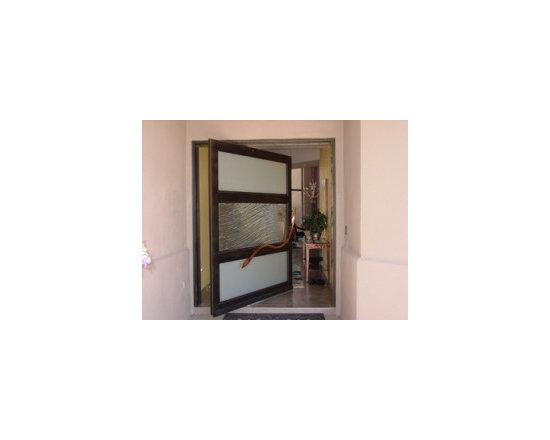 Wave Pivot Door -